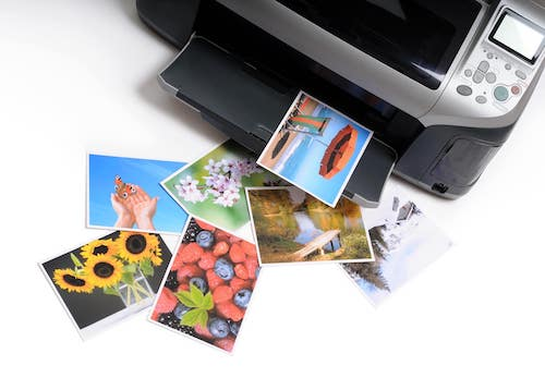 Fotodrucker druckt Fotos