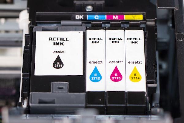 Tintenpatronen im Drucker